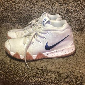 Boys Nike Basketball Shoes Size 3Y